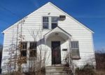 Foreclosed Home in Waterbury 06704 SIMSBURY ST - Property ID: 4375536900