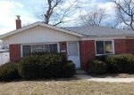 Foreclosed Home in Livonia 48152 MAPLEWOOD ST - Property ID: 4375655133