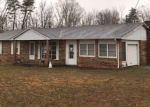 Foreclosed Home in Crossville 38555 BROWN RD - Property ID: 4375923174