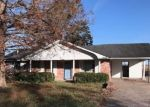 Foreclosed Home in Plaquemine 70764 RANDOM OAKS DR - Property ID: 4376937984
