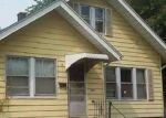 Foreclosed Home in Davenport 52802 S HANCOCK AVE - Property ID: 4377406606