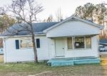 Foreclosed Home in Kinston 28501 WALLACE FAMILY RD - Property ID: 4377984733