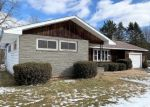 Foreclosed Home in Honesdale 18431 PARKWAY DR - Property ID: 4378125314