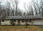 Foreclosed Home in Hamden 06514 BEAR PATH RD - Property ID: 4378332475
