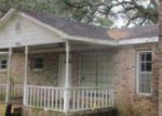 Foreclosed Home in Bayou La Batre 36509 CENTER AVE - Property ID: 4378344296