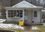 Foreclosed Home in Prestonsburg 41653 WESTMINISTER ST - Property ID: 4378599645