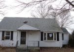 Foreclosed Home in Waterbury 06708 CLEMATIS AVE - Property ID: 4378871629