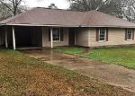 Foreclosed Home in Ethel 70730 MAGNOLIA DR - Property ID: 4379015722