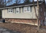Foreclosed Home in Elizabethtown 42701 WOOLDRIDGE FERRY RD - Property ID: 4379631507