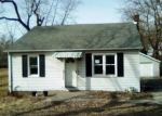 Foreclosed Home in Granite City 62040 WARNOCK AVE - Property ID: 4380515786