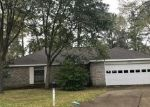 Foreclosed Home in Crosby 77532 SEVEN WAVES CT - Property ID: 4381045733
