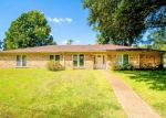 Foreclosed Home in Longview 75604 FERNDALE ST - Property ID: 4381056681