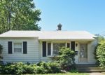 Foreclosed Home in Waukegan 60085 9TH PKWY - Property ID: 4381239756