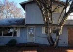 Foreclosed Home in Springfield 97478 S 38TH ST - Property ID: 4384492585