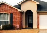 Foreclosed Home in Denham Springs 70726 BUCKINGHAM AVE - Property ID: 4385056248