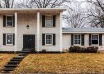 Foreclosed Home in Godfrey 62035 RIVER AIRE DR - Property ID: 4385067191