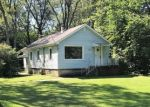 Foreclosed Home in Highland 46322 HART RD - Property ID: 4385316857