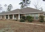 Foreclosed Home in Crestview 32539 CROWN CREEK CIR - Property ID: 4386051328
