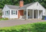 Foreclosed Home in Grants Pass 97527 RIVERBANKS RD - Property ID: 4386445956