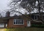 Foreclosed Home in Clinton 20735 DEE LN - Property ID: 4386600554