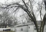 Foreclosed Home in Westland 48186 MELTON ST - Property ID: 4387005232