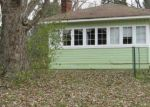 Foreclosed Home in Farmington 48335 GILL RD - Property ID: 4387098531
