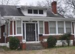 Foreclosed Home in Memphis 38112 N PARKWAY - Property ID: 4387134437