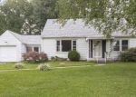 Foreclosed Home in New Albany 47150 ROANOKE AVE - Property ID: 4388729990