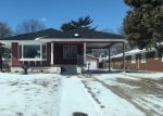 Foreclosed Home in Wood River 62095 N 6TH ST - Property ID: 4388854810