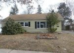 Foreclosed Home in East Hartford 06118 GREENHURST LN - Property ID: 4389096567