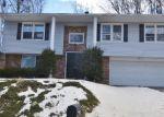 Foreclosed Home in Waterbury 06708 JUNIPER RIDGE DR - Property ID: 4389103125