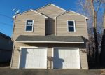 Foreclosed Home in New Britain 06053 ALDEN ST - Property ID: 4389111458