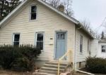 Foreclosed Home in Fort Wayne 46805 CRESCENT AVE - Property ID: 4389560824