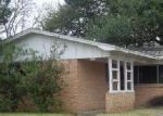 Foreclosed Home in New Iberia 70563 PRIOUX ST - Property ID: 4389641850