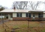 Foreclosed Home in Sylacauga 35150 EAST ST - Property ID: 4389782882