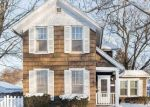 Foreclosed Home in Davenport 52803 GRAND AVE - Property ID: 4389801256