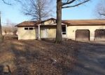 Foreclosed Home in Mount Vernon 62864 N LINK LN - Property ID: 4390136763