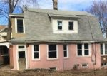 Foreclosed Home in Waterbury 06708 GREENMOUNT TER - Property ID: 4390250631