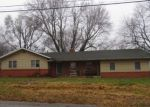 Foreclosed Home in Bolivar 65613 N MARKET AVE - Property ID: 4391086273