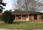 Foreclosed Home in Deridder 70634 WOODLAWN ST - Property ID: 4391363517