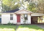Foreclosed Home in Baton Rouge 70805 GURNEY ST - Property ID: 4391375338