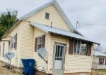 Foreclosed Home in Mount Carmel 62863 W 11TH ST - Property ID: 4392125146