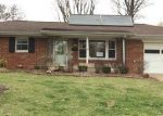Foreclosed Home in Belleville 62223 SOUTHGATE DR - Property ID: 4392455835