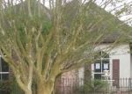 Foreclosed Home in Baton Rouge 70815 BEAUVERDE CT - Property ID: 4392517582