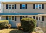 Foreclosed Home in Bridgeport 06606 STRATFIELD PL - Property ID: 4393133821