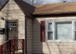 Foreclosed Home in Fairfield 62837 PARKER CT - Property ID: 4393268711