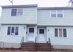 Foreclosed Home in Manchester 06040 HUNNIFORD ST - Property ID: 4393372510