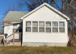 Foreclosed Home in Pontiac 48340 E STRATHMORE AVE - Property ID: 4393880110