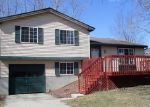 Foreclosed Home in Lansing 48911 GRENVILLE LN - Property ID: 4394095152