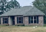 Foreclosed Home in Covington 70435 PENN MILL RD - Property ID: 4394169171